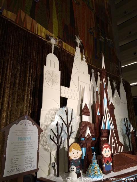 2015 Contemporary gingerbread display